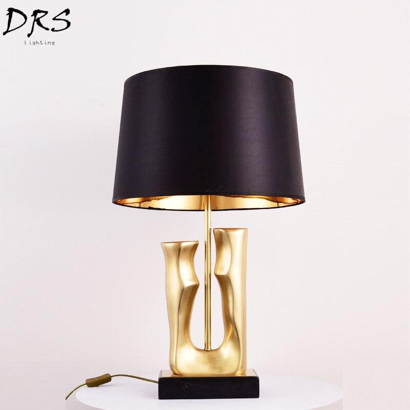 Американская Роскошная золотая настольная лампа дизайнерская креативная прикроватная лампа высококлассное светодиодный ное освещение ви