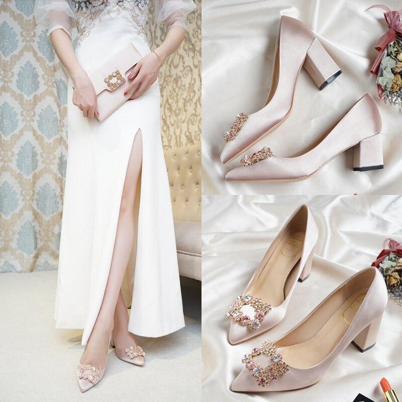 숙녀 하이힐 5 7cm 두꺼운 광장 지적 발가락 금속 스톤 버클 장식 샴페인 컬러 임산부 신부 어머니 신발-에서여성용 펌프부터 신발 의  그룹 1