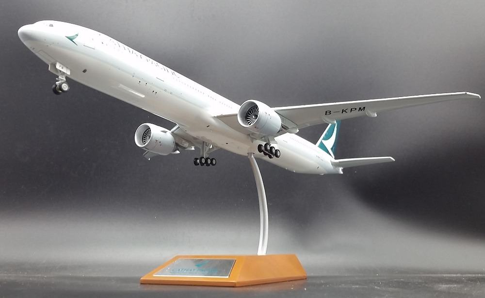 Fine Infligh 200 1: 200 Cathay Pacific  Alloy aircraft model Boeing 777 -300ER B-KPM Limited Collector's Edition Holiday gifts