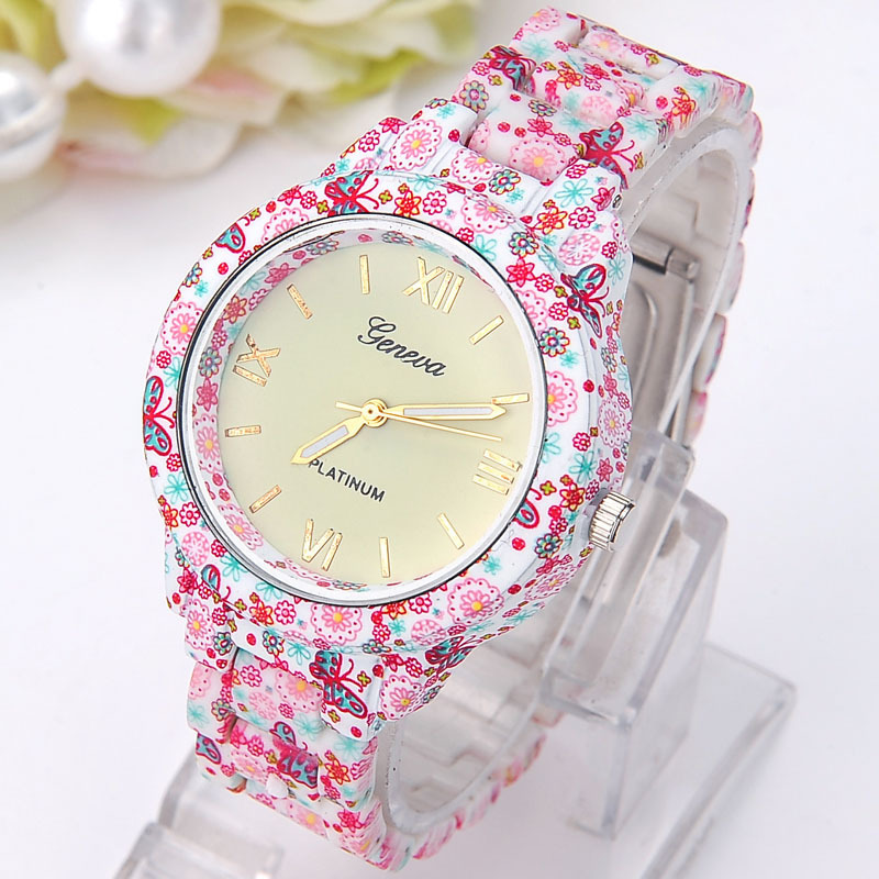 NEW Metal Head Printed Geneva Flowers Watch Women Print Plastic Band Vintage Ladies analog quartz wristwatch Reloj Mujer women vintage watch ladies lace printed analog leather quartz watch women 2016 brand luxury famous wristwatch reloj hombre