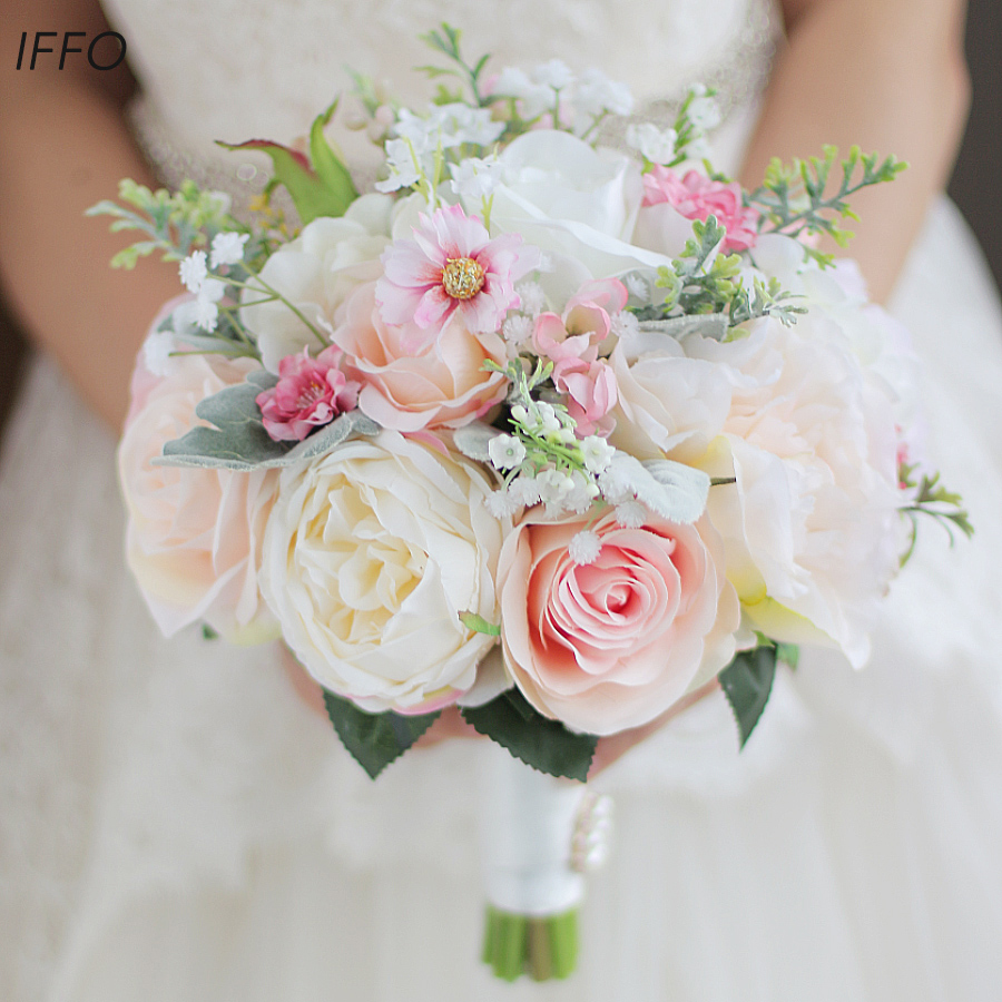 Iffo Korean style high end custom bride hand holding flower bouquet pearl simulation ivory pink