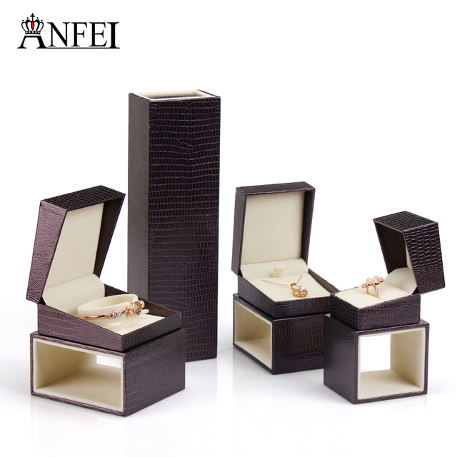 One Set Fashion Jewerly Box Gift Box Set 4 Parts  Lizard Lines Rings Necklaces Earrings Bracelets Jewelry Box   Packaging Cases