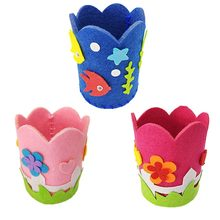 1PCS Children Creative Nonwoven fabric Pen Holder Christmas Gift Creative Decoration Supplies Kids DIY Handmade Crafts Art Toys(China)