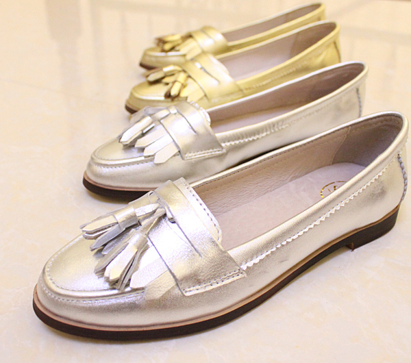 Aliexpress.com : Buy Comfortable leather Oxford shoes women flat shoes  women shoes fashion retro tassel free shipping Silver / Gold from Reliable  tassel ... - Aliexpress.com : Buy Comfortable Leather Oxford Shoes Women Flat