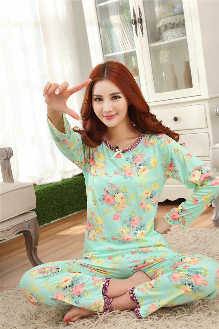 93cb2159a2 Detail Feedback Questions about Womens Pajamas Sets Pijama Feminino For  Women 2018 Summer Women Pajama Sets Girls Hello Kitty Cotton Sleepwear Sets  on ...