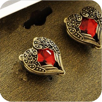 OMH wholesale 6pair OFF 23 0 55 pair EH76 fashion accessories vintage red heart gem wings.jpg 350x350 - OMH wholesale 6pair OFF 23%= $0.55/pair EH76 fashion accessories vintage red heart gem wings stud earring 6g