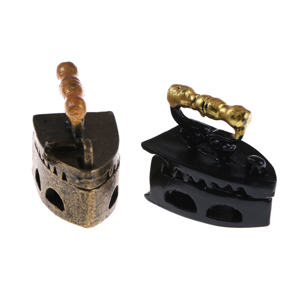 New 1:12 Cute MINI Dollhouse Miniature Adornment An Iron Clothes Tool