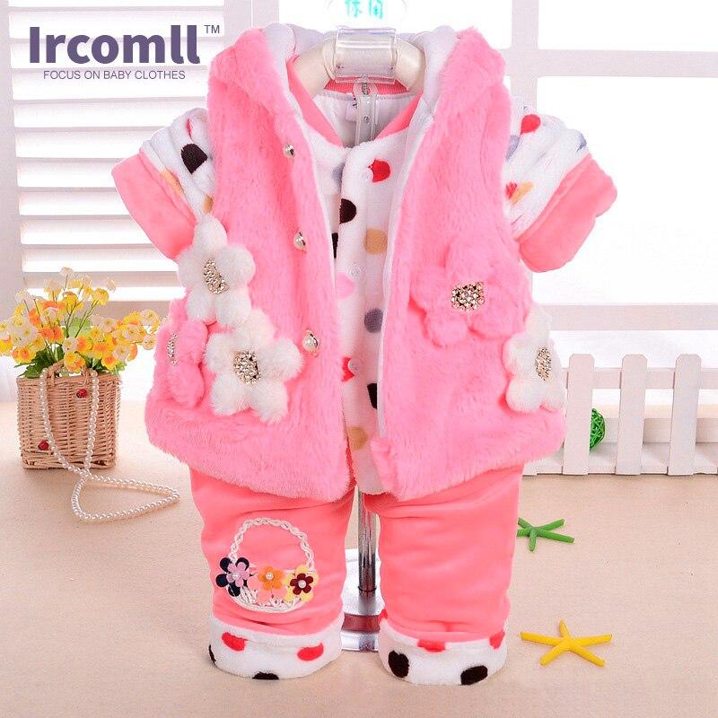 Nuevo conjunto de franela para bebé, traje de animal de dibujos animados para niña, abrigo grueso, pantalones y ropa (conjuntos de tres piezas), ropa de terciopelo