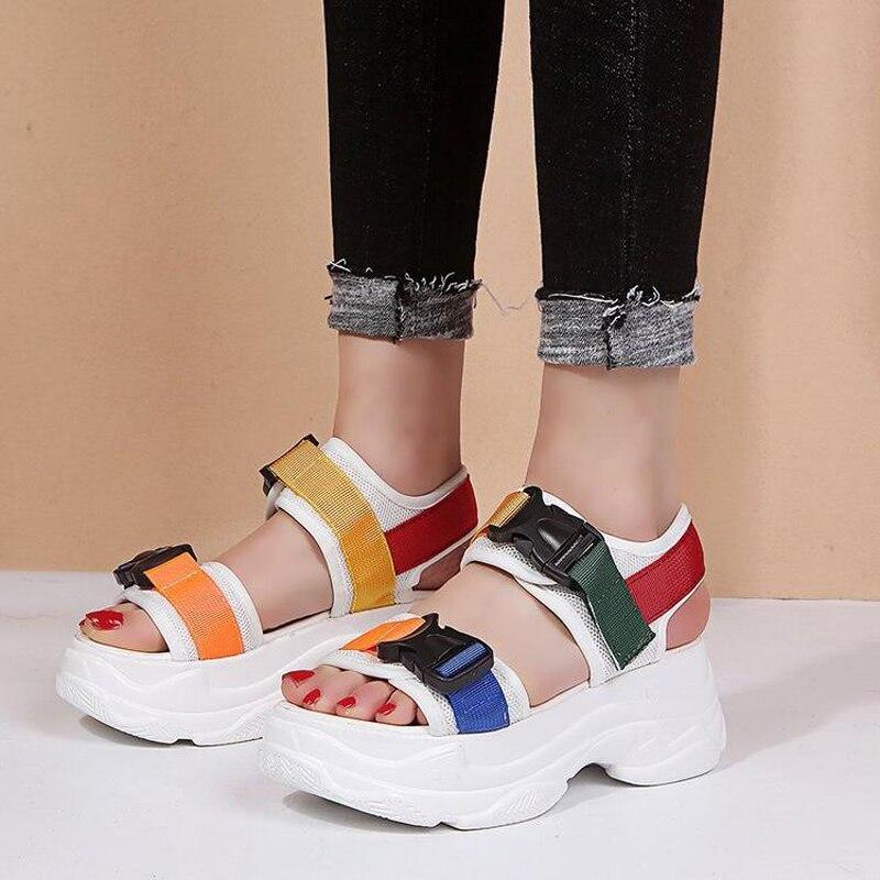 Frauen Schuhe Frauen Aus Echtem Leder Sandalen Mode Weichen Boden Keil Mittleren Alters Mutter Sommer Sandalen Schuhe Bequeme Schuhe C290