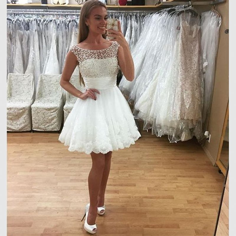 Ivory Scoop Applique Lace Short Prom Dresses Ball Gown