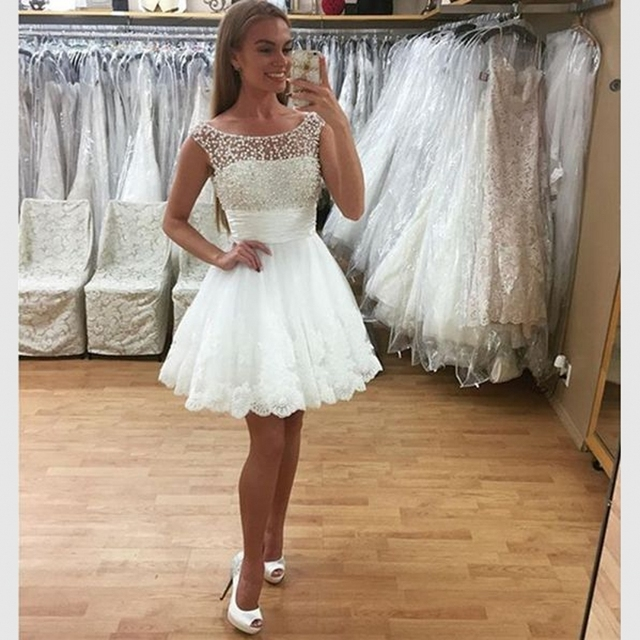 ac0efd2e587 Ivory Scoop Applique Lace Short Prom Dresses Ball Gown With Pearl Tulle  V-shape Open Back Cocktail Party Dress For Graduation