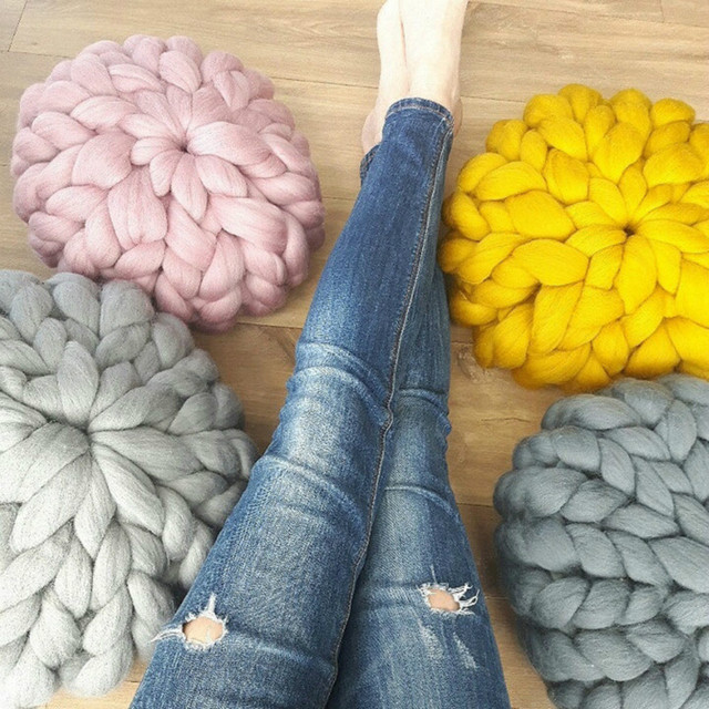 Chic Creativo hecho a mano de tejer lana gruesa cojines lindo Ronda tapetes de Flores de Punto de lana cojines de almohada Del Sofá Cama Decoración Del Partido