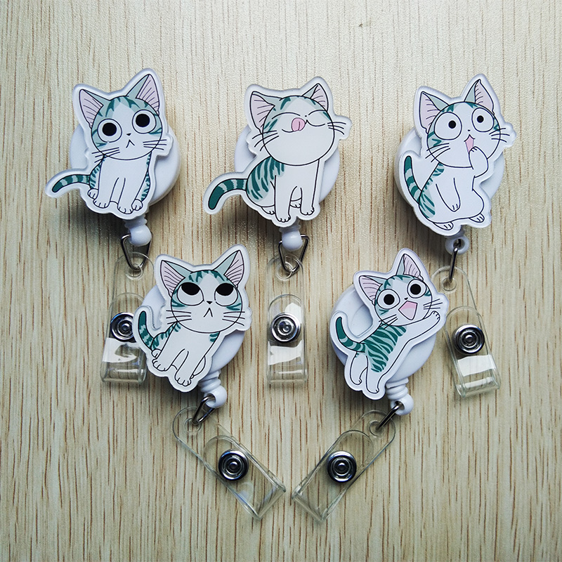 Lovely Expression Cat Retractable Badge Reel Exhibition Name ID Card Badge Holder Label Clip For School Early Education Supplies