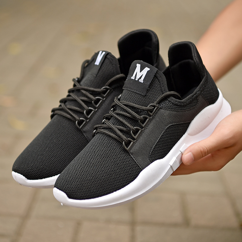 Breathable Running Shoes For Man Red Sport Shoes Men Sneakers Zapatos corrientes de verano Black White chaussure homme de marque