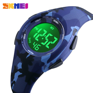 Image 1 - Skmei子供液晶電子デジタル腕時計スポーツ腕時計ストップウォッチ発光 5Bar防水子供腕時計女の子