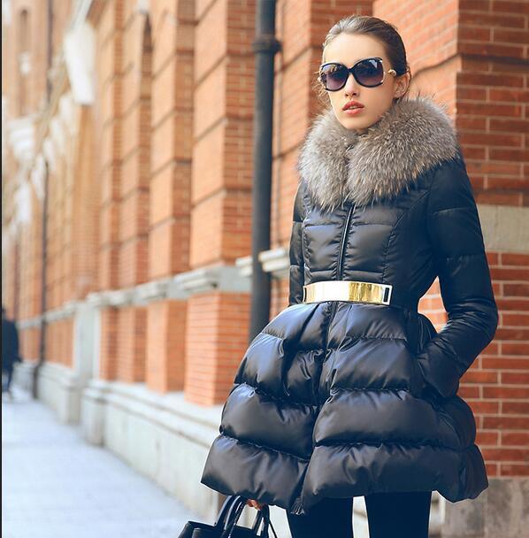 2018 Type de jupe col en fourrure doudoune femmes 90% blanc canard veste couleur unie avec ceinture Slim Parka hiver pardessus T506-in Doudounes longues from Mode Femme et Accessoires    3