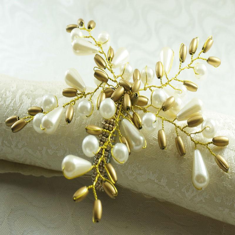 Pearl Flower Napkin Ring, Beaded Wedding Napkin Holder
