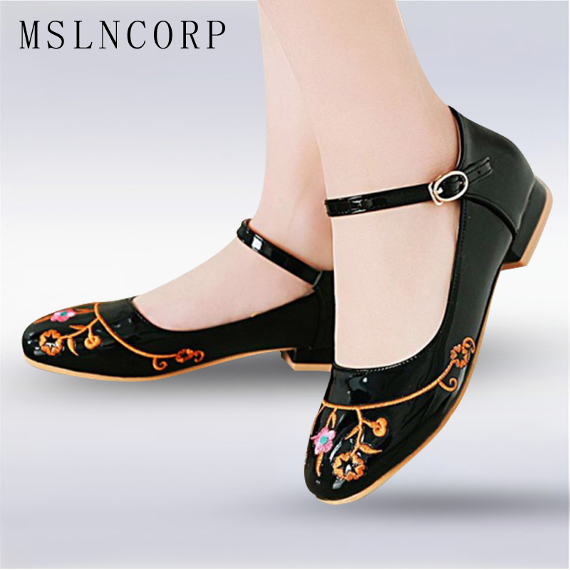 Plus Size 34-51 Fashion Flowers Slip on Flat Shoes Embroider Women Comfortable Summer Casual Ladies zapatos mujer Mary Jane Shoe 2017 new fashion designer casual espadrilles flat women spring printed white flower embroider slip on fishermen hemp rope shoe