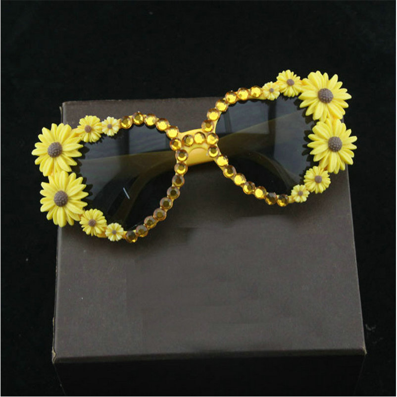 Del Mincl Scatola A amore Signore La Forma Di Uv400 Diamante Modo Fml Occhiali Con Sole Delle Da Cuore Yellow Festa qAPqr