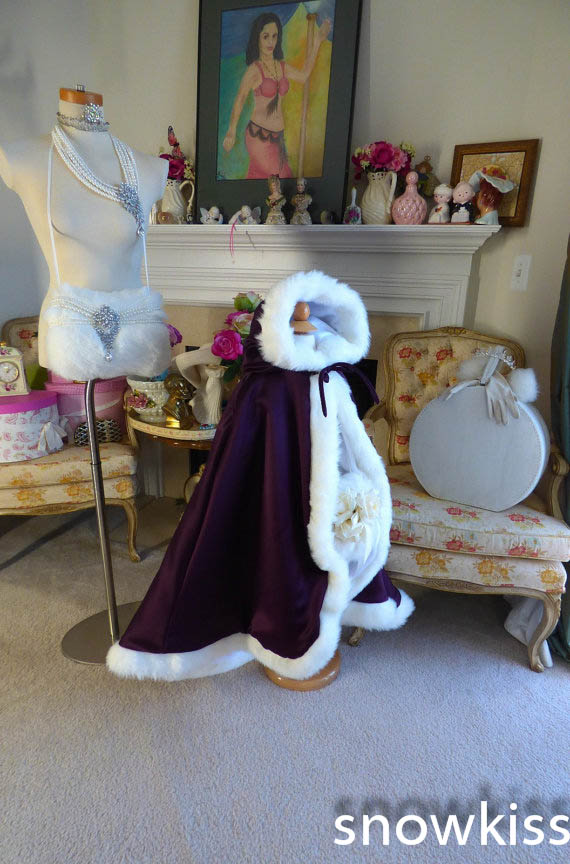 Grape-Purple / White Satin flower Girls Cape Cloaks Faux Fur Jacket for haloween Winter Little Kid Shrug for Evening party prom alex evenings new purple plum sheer floral lace womens size 6 shrug jacket $90