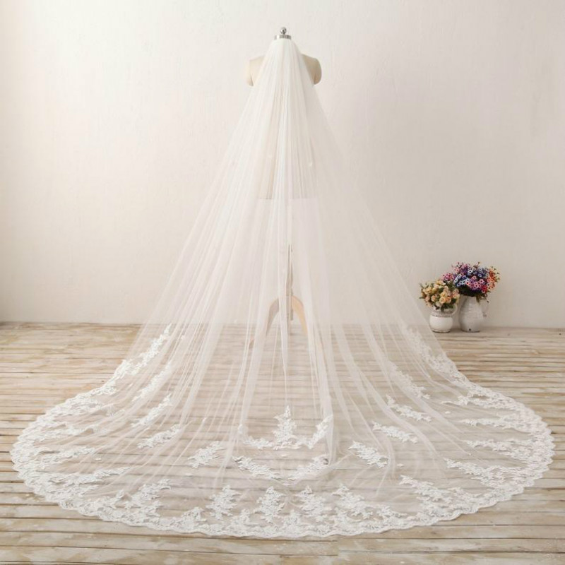 Romantic Royal Cathedral Wedding Veils Lace Bridal Veil Soft Tulle Chapel Veil with Plain Edge Long ivory veil