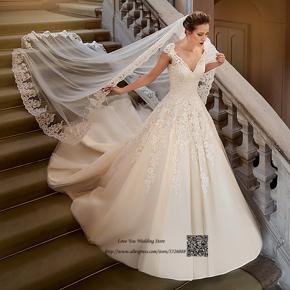 Romantic Wedding Dress Vintage Lace Ball Gown Bride