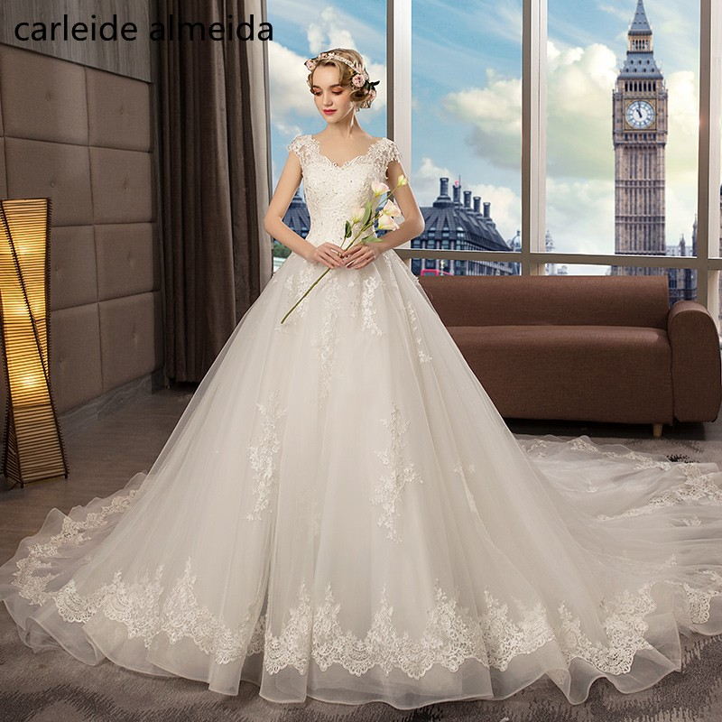 Vestido de Noiva V-Neck Ball Gown Wedding Dress 2018 with 3D lace appliques Luxury Robe de mariee