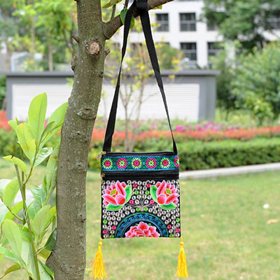 New Vintage Multi Embroidery Handbags!Hot Floral Embroidered Flap bags Shopping Top All-match day clutch Fashion Women Flap bags