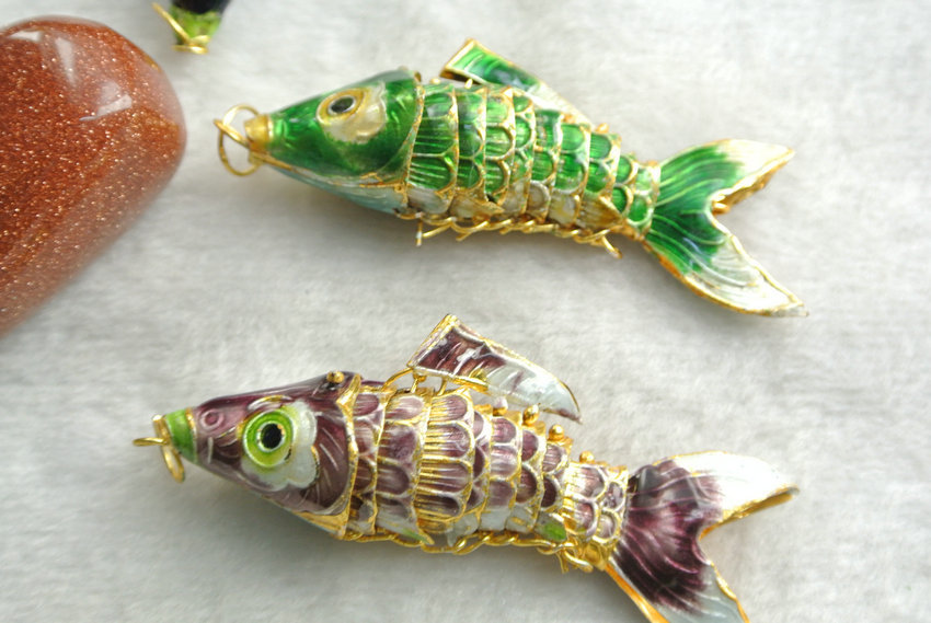 Image 3 - 6pcs Wiggle Like Real Fish Chinese Cloisonne Carp Pendants 6 Colors About 60mm White Blue Goldfish Pendants-in Pendants from Jewelry & Accessories