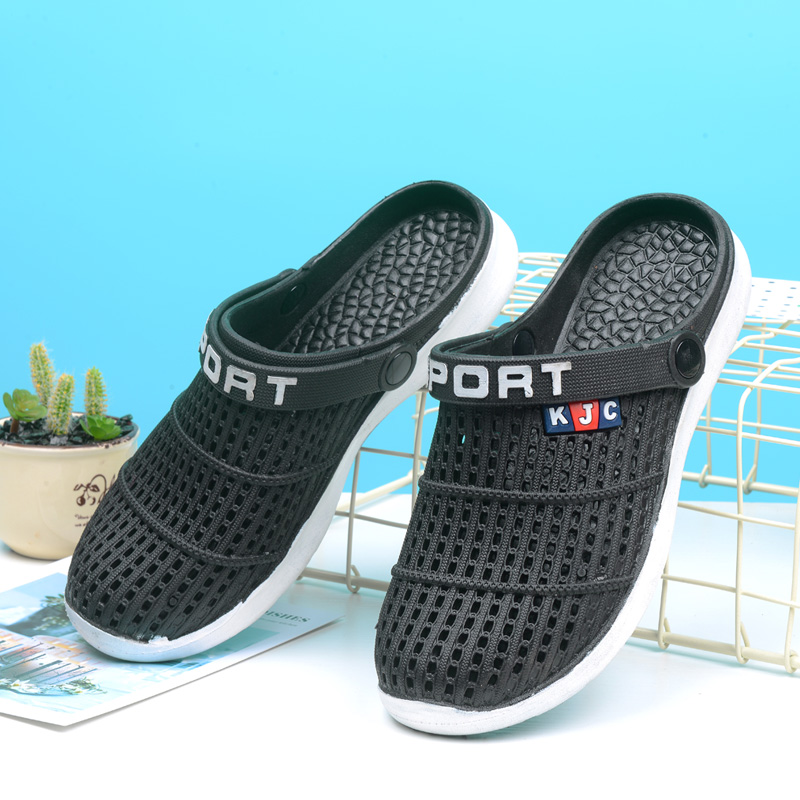 Hole Water Shoes Men Aqua Shoes Slippers Male Barefoot Sandals Clogs Summer New 2019 Casual Swimming Fishing Sea Shoes in Upstream Shoes from Sports Entertainment