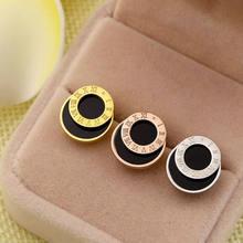 Билицветные модные серьги гвоздики цвета розового золота и черного