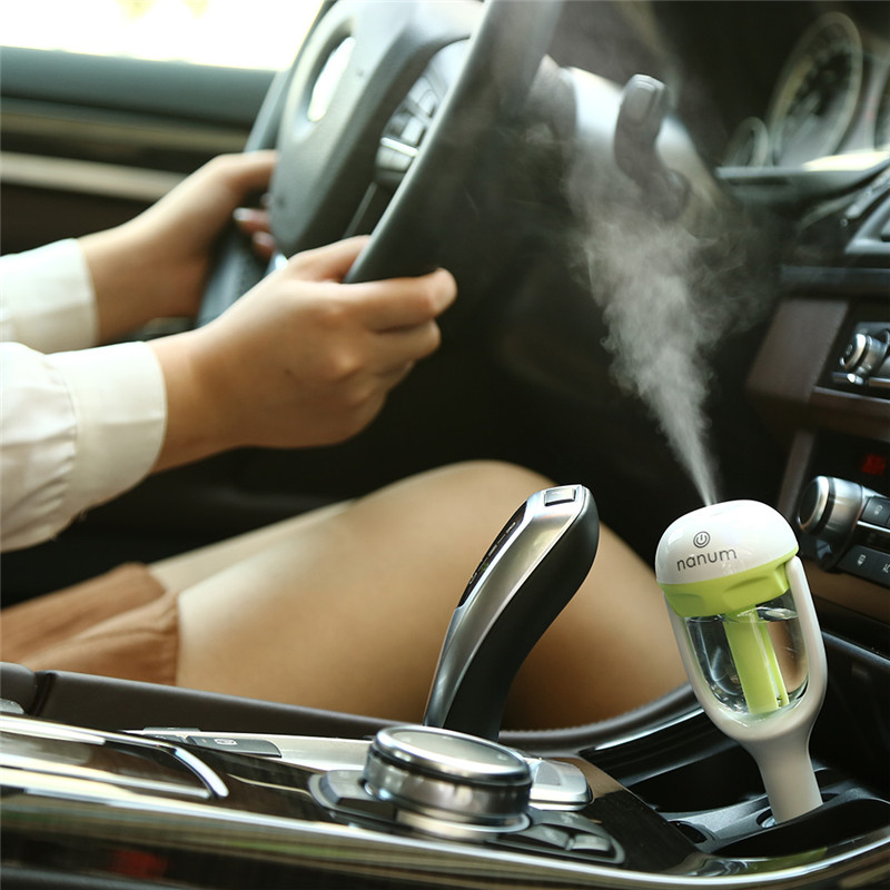 Mini Car Air Humidifier Convenient Essential Oil Diffuser Outlet Aromatherapy Spray Machine Household Air Humidifier For car