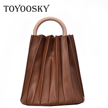 TOYOOSKY Women Handbag Vintage Three-dimensional Pleated Bucket Bag Wooden Ring Handle Designer Crossbody Bags Evening Clutch
