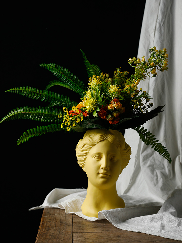 Creative Nordic style Ceramic vase modern Home Decoration Venus head Ceramic ornament Artificial flower living room