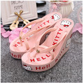 HELLO KITTY  The latest style 11cm height pink Ladies Beach   Flip flops A variety of colors can be selected