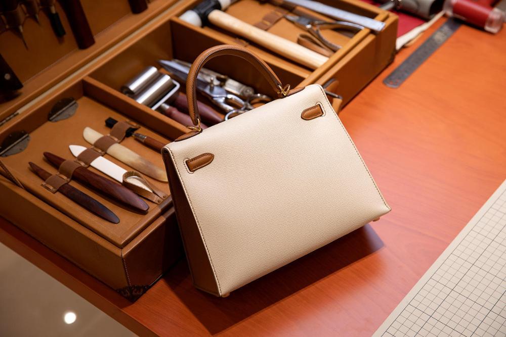 La plus haute qualité dames de luxe mode sac à bandoulière 100% en cuir marque célèbre dames sacs à main tout à la main couleur assortie 25-in Sacs à bandoulière from Baggages et sacs    3