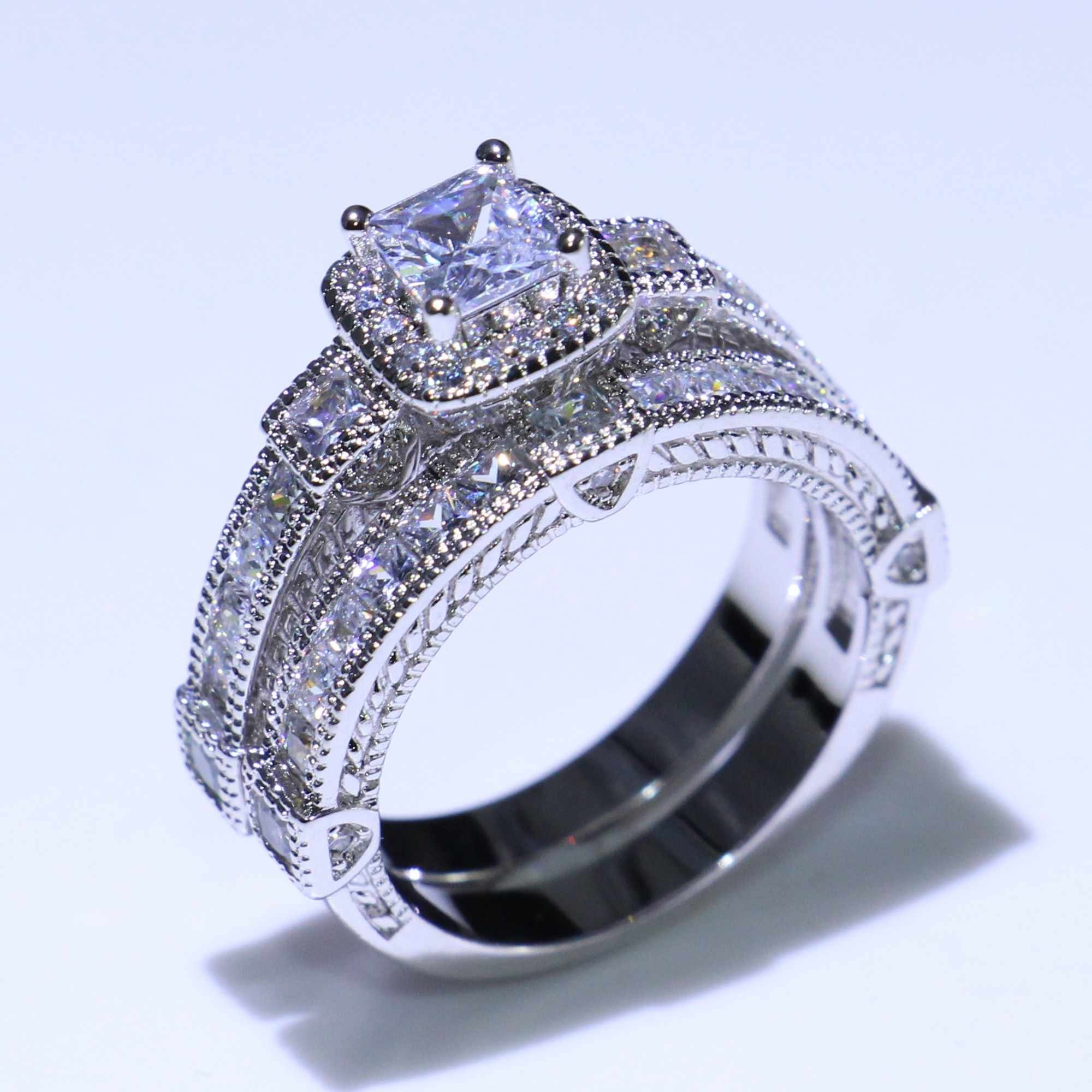 Retro เครื่องประดับคู่แหวน 925 เงินสเตอร์ลิงเจ้าหญิงตัดสีขาวใส 5A Cubic Zirconia สัญญาผู้หญิงแต่งงานชุดเจ้าสาว