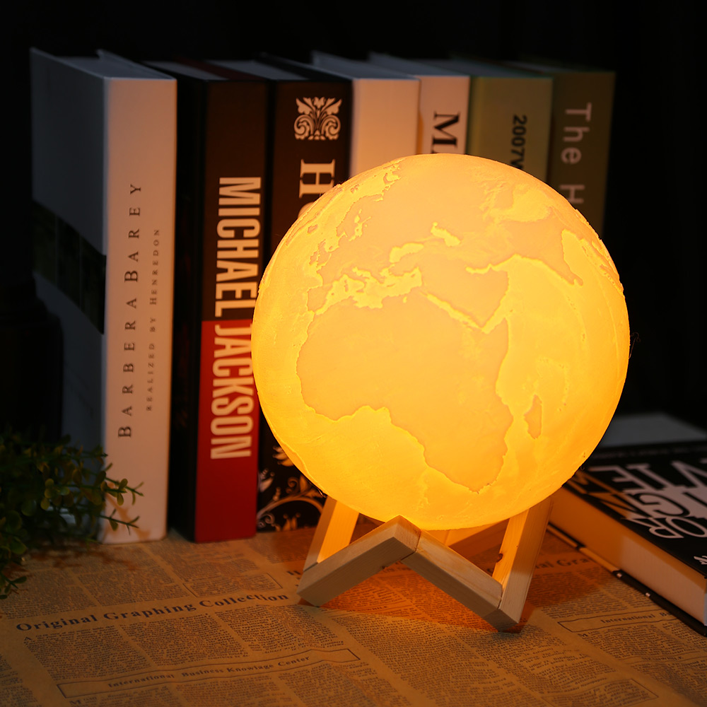 2018 New Rechargeable 3D Print Earth Lamp 2 Color Change Touch Switch Bedroom Bookcase Night Light Home Decor Creative Gift usbrechargeable 3d print moon lamp yellow red change touch switch bedroom bookcase night light home decor creative birthday gift