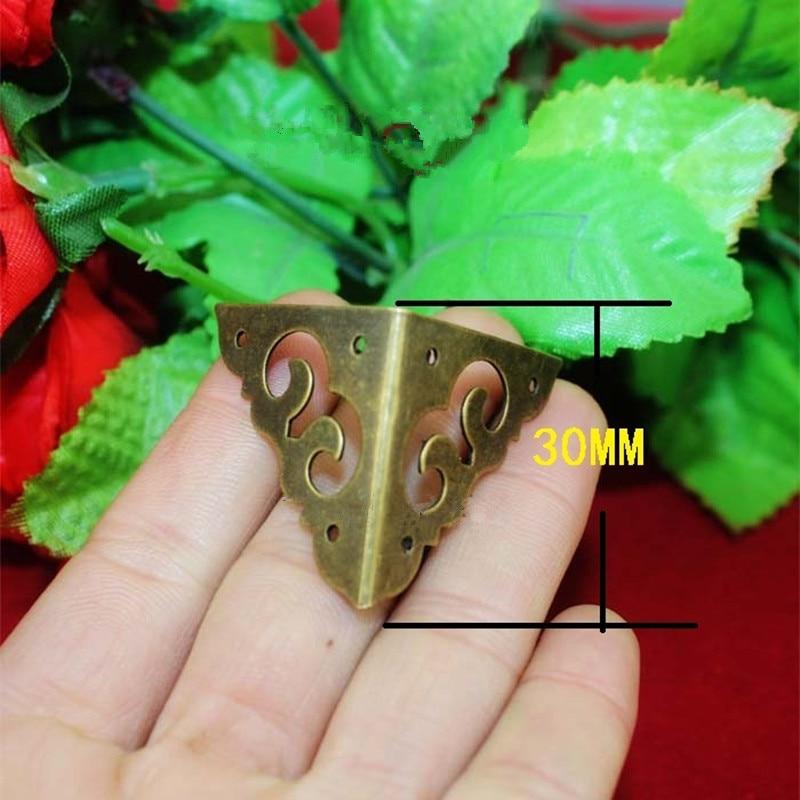 купить Brass Furniture Corners Triangle Fillet Gift Upscale Decorative Sheet Copper Purses Gusset,Anceient Flower Corner,30mm дешево