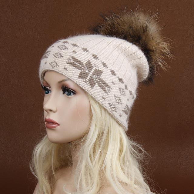 Envío libre, invierno femenina sombrero hecho punto sombrero de lana bola de pelo sombreros para mujeres. Skullies Gorros Pompones De Piel. de lana Gruesa mezcla del sombrero