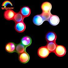 มือปั่นLedของเล่นอยู่ไม่สุขปินเนอร์LEDเรืองแสงในที่มืดFingerboardส่องสว่างปลายนิ้วGyro LEDแฟลชทำให้ตาพร่าแสง3ใบจุด