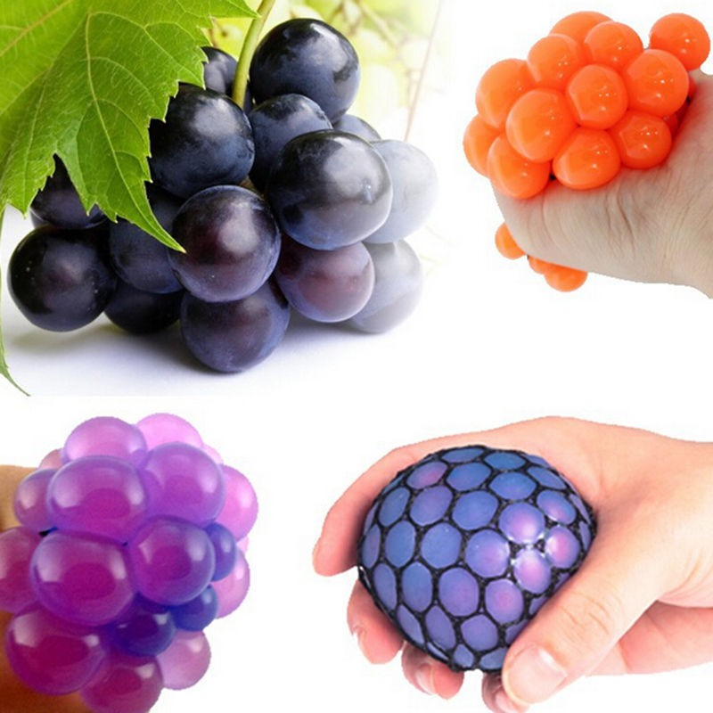 Random Styles Funny Pretend Play Fruit Kitchen Food Creative Grape Ball Toys Anti Stress Face Reliever Pressure Relief ADHD Toys