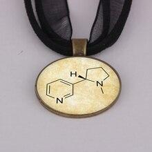 2016 Hotsale Chemistry Jewelry Nicotine Molecule Glass Pendant Necklace 2colors YLQ0112