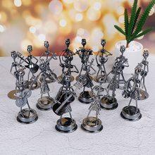 Музыкальные статуэтки, художественные ремесленные украшения, отправляются случайным образом мини-железная музыкальная группа, модель миниатюрная