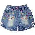 Девушки вышивка цветочным узором короткие Джинсы с двумя передними карманами и эластичный пояс для малышей дети девочка XML-22153