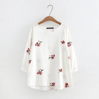 Plus Size Embroidery Cotton Linen Loose Women T Shirts 2017 Autumn Tee Three Quarter Lantern Sleeve