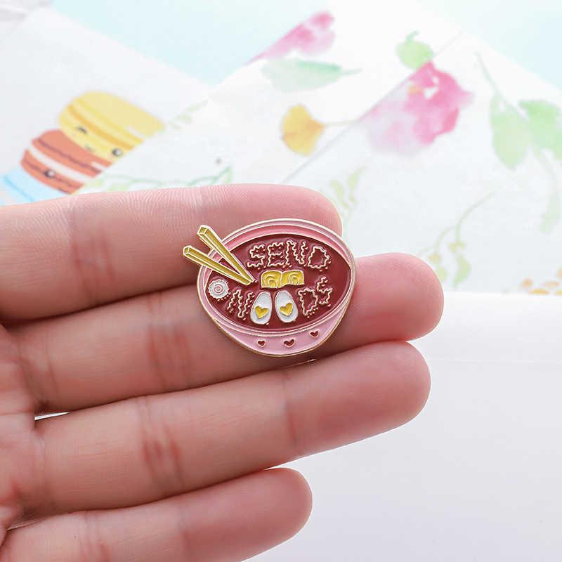 日本ラーメンピン愛麺ピンクボウルエナメルピンブローチ女性おいしい食品ラペルピンバッジかわいいガールスタイルジュエリー