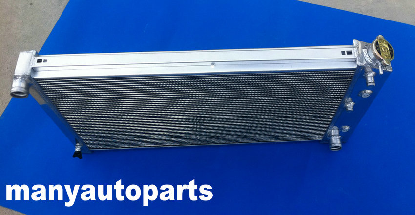 Chevy Aluminum Radiator /& FANS 3 Rows for 1967-1980 68 69 70 71 72 GM
