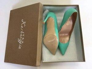 Image 5 - Keshangjia Hot Sales Phụ Nữ Bơm Thiết Kế Thời Trang Cao Gót Giày Cao Chất Lượng Rắn Pattern Phong Cách da Chính Hãng Giày Thường