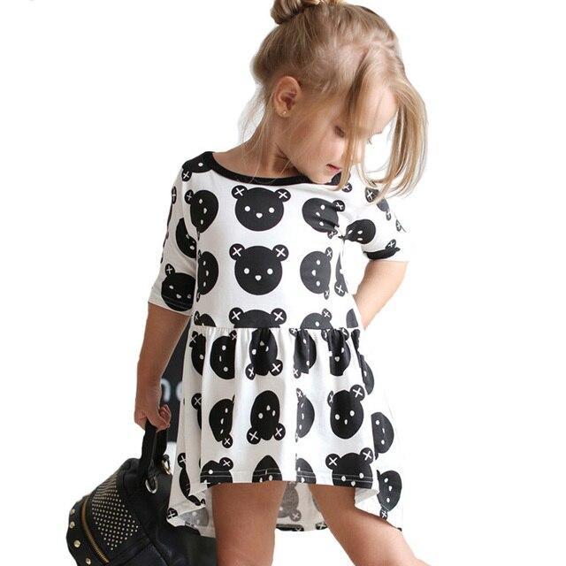 pretty nice 64cd1 766cd US $8.48 40% di SCONTO|Stile di estate Ragazza Vestiti Vestiti Del Bambino  Dell'orso Del Fumetto Per Bambini Ragazza Marca del Vestito Della ...